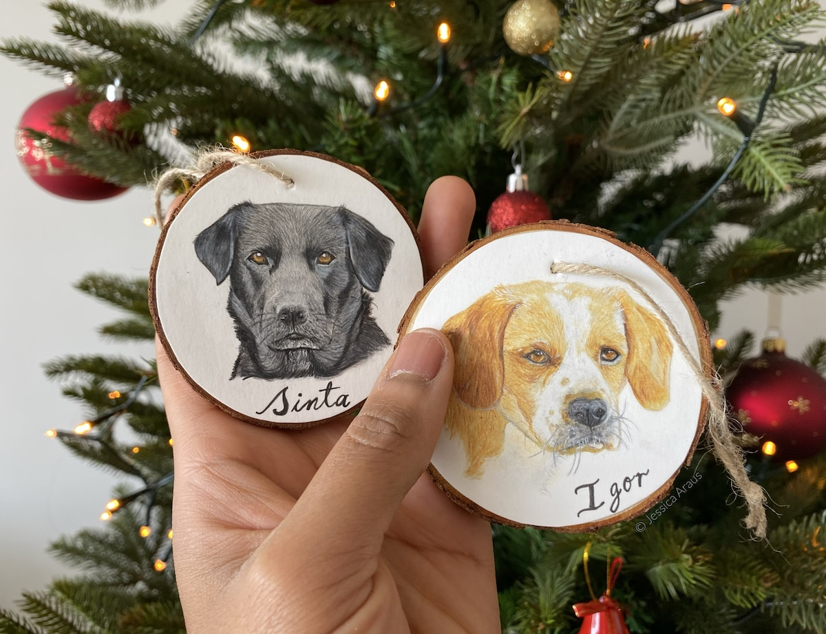 Christmas tree wooden ornaments